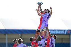 Rory Arnold of Toulouse and Jonny Hill of Exeter Chiefs contend at the line out - Mandatory by-line: Ryan Hiscott/JMP - 26/09/2020 - RUGBY - Sandy Park - Exeter, England - Exeter Chiefs v Toulouse - Heineken Champions Cup Semi Final