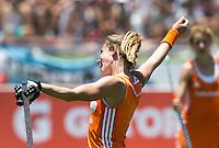 TUCUMAN  Argentinie - Ellen Hoog heeft de score op 6-0 gebracht. Het Nederlands vrouwen hockeyteam speelt zaterdag  tijdens de HWL finaleronde tegen Duitsland (6-0).  ANP KOEN SUYK
