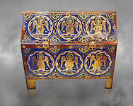 Medieval enamelled box depicting angels, circa12th century from Limoges, enamel on gold. AD.  The Louvre Museum, Paris. .<br /> <br /> If you prefer you can also buy from our ALAMY PHOTO LIBRARY Collection visit : https://www.alamy.com/portfolio/paul-williams-funkystock/limoges-enamel-antiquities.html Type - louvre - into the LOWER SEARCH WITHIN GALLERY box. <br /> <br /> Visit our MEDIEVAL ART PHOTO COLLECTIONS for more photos to download or buy as prints https://funkystock.photoshelter.com/gallery-collection/Medieval-Gothic-Art-Antiquities-Historic-Sites-Pictures-Images-of/C0000gZ8POl_DCqE