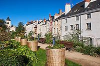 France, Region Centre-Val de Loire, Loiret (45), Orléans, rue de la Charpenterie et jardin de la Charpenterie // France, Loiret, Orleans, Charpenterie street and garden