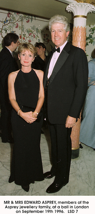 MR & MRS EDWARD ASPREY, MEMBERS OF THE ASPREY JEWELLERY FAMILY, at a ball in London on September 19th 1996.<br /> LSD 7