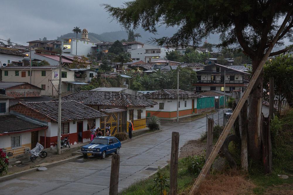 Salento, Quindío, Colombia - 04.09.2016        <br /> <br /> Impression of the Colombian coffee region.The small village Salento,  in the central range of the Colombian Andes Mountains,  is a popular tourist spot, also because it has reserved the traditional architecture of the coffee area.<br /> <br /> Eindruecke aus der kolumbianische Kaffeeanbauregion. Das kleine Dorf Salento, in der Zentralkordillere der kolumbianischen Anden, lockt zahlreiche Touristen an, auch weil es die traditionelle Architektur der Region bewahrt hat. <br /> <br /> Photo: Bjoern Kietzmann