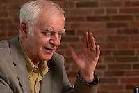 16 DEC 2004, BERLIN/GERMANY:<br /> Adolf Muschg, Schriftsteller und Praesident der Akademie der Kuenste, Berlin, waehrend einem Interview, Akademie der Kuenste<br /> IMAGE: 20041216-03-014<br /> KEYWORDS: Präsident Akademie der Künste