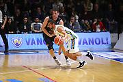 DESCRIZIONE : Cremona Lega A 2015-2016 Vanoli Cremona Pasta Reggia Caserta<br /> GIOCATORE : Fabio Mian<br /> SQUADRA : Vanoli Cremona<br /> EVENTO : Campionato Lega A 2015-2016<br /> GARA : Vanoli Cremona Pasta Reggia Caserta<br /> DATA : 18/10/2015<br /> CATEGORIA : Palleggio Penetrazione Controcampo<br /> SPORT : Pallacanestro<br /> AUTORE : Agenzia Ciamillo-Castoria/F.Zovadelli<br /> GALLERIA : Lega Basket A 2015-2016<br /> FOTONOTIZIA : Cremona Campionato Italiano Lega A 2015-16  Vanoli Cremona Pasta Reggia Caserta<br /> PREDEFINITA : <br /> F Zovadelli/Ciamillo
