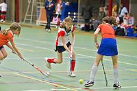 BENNEBROEK - Zaalhockey D meisjes competitie. Bloemendaal-Abcoude. ANP COPYRIGHT KOEN SUYK