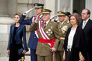 010614 Spanish Royals Celebrate New Year's Military Parade 2013