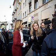 """""""Elezioni subito"""" manifestazione organizzata al teatro Manzoni da Giuliano Ferrara comntro il governo Monti..Intervista a Daniela Santanche'"""
