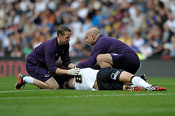 Derby County's Jeff Hendrick receives treatment before leaving the field  - Photo mandatory by-line: Dougie Allward/JMP - Mobile: 07966 386802 30/08/2014 - SPORT - FOOTBALL - Derby - iPro Stadium - Derby County v Ipswich Town - Sky Bet Championship
