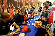 DESCRIZIONE : Championnat de France Media Day Palais des congres Ligue Nationale de Basket <br /> GIOCATORE : Signatures Joueurs LNB<br /> SQUADRA : <br /> EVENTO : lnb<br /> GARA : <br /> DATA : 20/09/2012<br /> CATEGORIA : Basketball Homme LNB<br /> SPORT : Basketball<br /> AUTORE : JF Molliere<br /> Galleria : France Basket 2012-2013 Reportage<br /> Fotonotizia : LNB Basket Pro A<br /> Predefinita :
