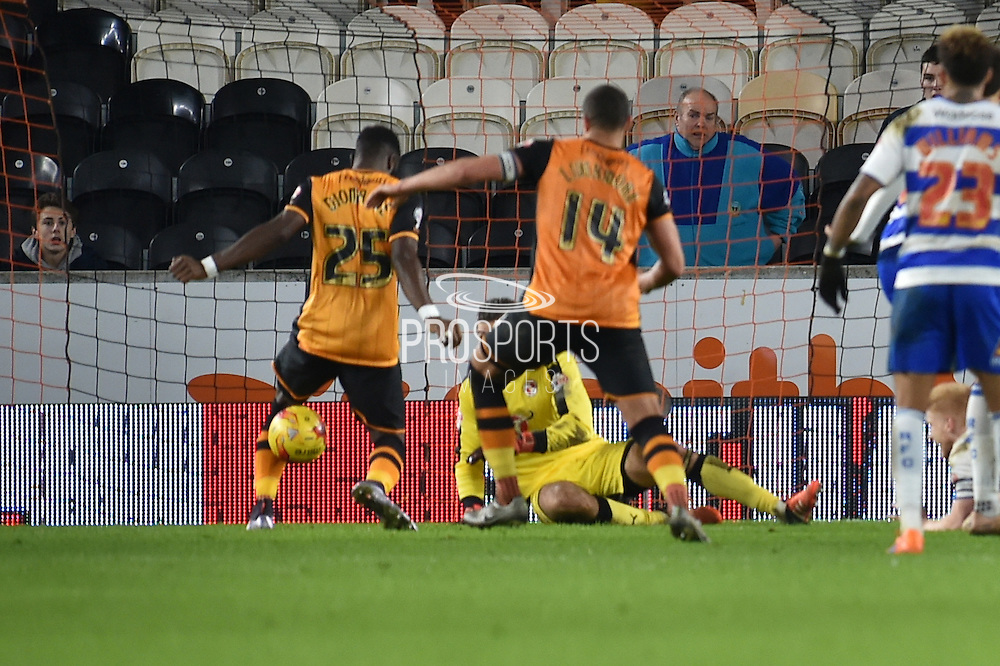 Jake Livermore of Hull City scores goal for hull to go 2-1 up  during the Sky Bet Championship match between Hull City and Reading at the KC Stadium, Kingston upon Hull, England on 16 December 2015. Photo by Ian Lyall.