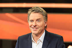 """16.02.2016, Huerth, GER, Settermin, Paarduell, im Bild Moderator Joerg Pilawa // during a photocall for the German TV-Show """"Paarduell"""" in Huerth, Germany on 2016/02/16. EXPA Pictures © 2016, PhotoCredit: EXPA/ Eibner-Pressefoto/ Schueler<br /> <br /> *****ATTENTION - OUT of GER*****"""