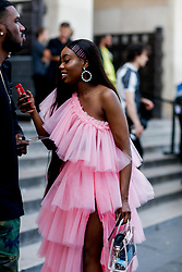 Street style, Gershona Annor (herapatra) arriving at Off White Spring-Summer 2019 menswear show held at Palais de Chaillot, in Paris, France, on June 20th, 2018. Photo by Marie-Paola Bertrand-Hillion/ABACAPRESS.COM