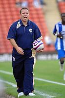 Photo: Sportsbeat Images<br />Barnsley v Wigan Athletic. Pre Season Friendly. 31/07/2007.<br />Barnsley manager Simon Davey