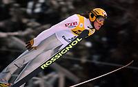 Hopp: 15.12.2001 Engelberg, Schweiz, Weltcup Skispringen Der Norweger Tommy Ingebrigtsen beim Weltcupspringen im Schweizerischen Engelberg. <br /><br />Foto: Andy Müller, Digitalsport