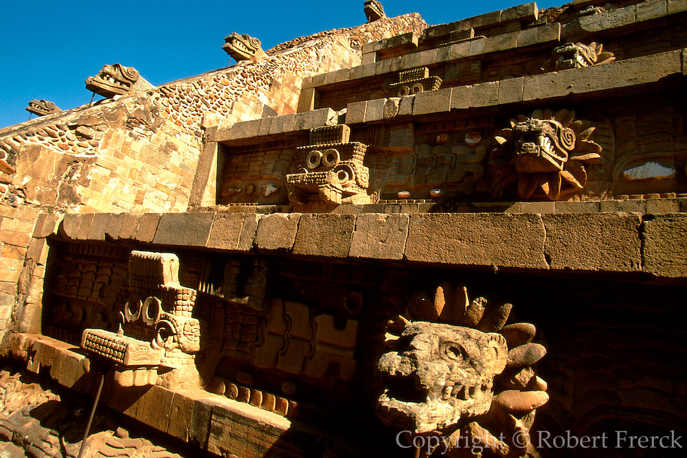 MEXICO, TEOTIHUACAN Temple of Quetzalcoatl sculpture
