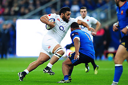 Billy Vunipola of England goes on the attack - Mandatory byline: Patrick Khachfe/JMP - 07966 386802 - 19/03/2016 - RUGBY UNION - Stade de France - Paris, France - France v England - RBS Six Nations.
