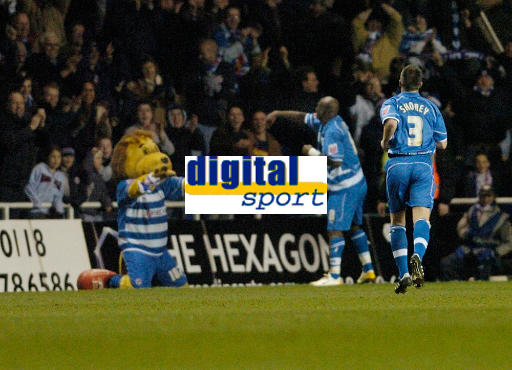 Photo: Leigh Quinnell.<br /> Reading v Southampton. Coca Cola Championship. 10/02/2006. Reading Leroy Lita celebrates his goal with the crowd and mascot.