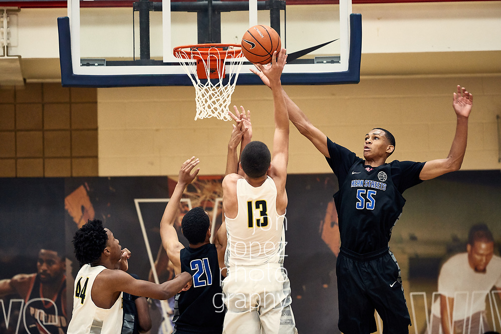 NORTH AUGUSTA, SC. JULY 13, 2017. Peach Jam play-in game, Team Final vs Nike Team Florida. NOTE TO USER: Mandatory Copyright Notice: Photo by Jon Lopez