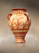 Minoan clay pot decorted with a floral design , Knossos Palace 1500-1450 BC BC, Heraklion Archaeological  Museum. .<br /> <br /> If you prefer to buy from our ALAMY PHOTO LIBRARY  Collection visit : https://www.alamy.com/portfolio/paul-williams-funkystock/minoan-art-artefacts.html . Type -   Heraklion   - into the LOWER SEARCH WITHIN GALLERY box. Refine search by adding background colour, place, museum etc<br /> <br /> Visit our MINOAN ART PHOTO COLLECTIONS for more photos to download  as wall art prints https://funkystock.photoshelter.com/gallery-collection/Ancient-Minoans-Art-Artefacts-Antiquities-Historic-Places-Pictures-Images-of/C0000ricT2SU_M9w