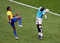 Tor zum 3:0 fuer Brasilien durch Ze Roberto<br /> Fussball WM 2006 Achtelfinale Brasilien - Ghana<br /> Brasil - Ghana<br /> Norway only
