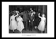 This great shot of young Irish couples dancing in the Mansion House is the perfect anniversary gift for women. Irish Photo Archive has millions of old pictures of Dublin.