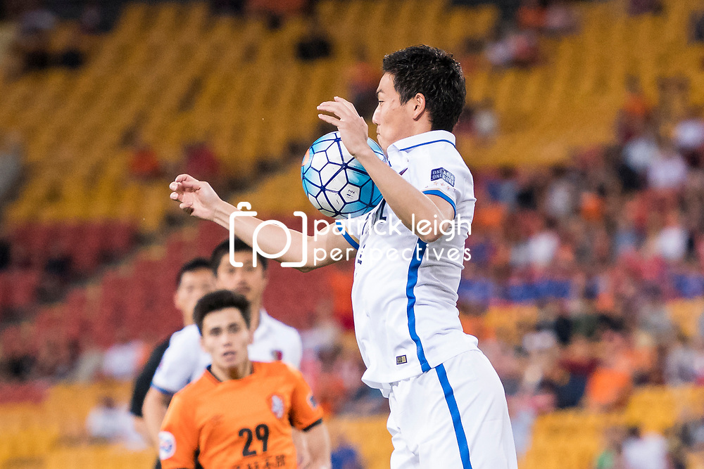 BRISBANE, AUSTRALIA - APRIL 12: Shoji Gen of Kashima controls the ball during the Asian Champions League Group Stage match between the Brisbane Roar and Kashima Antlers at Suncorp Stadium on April 12, 2017 in Brisbane, Australia. (Photo by Patrick Kearney/Brisbane Roar)