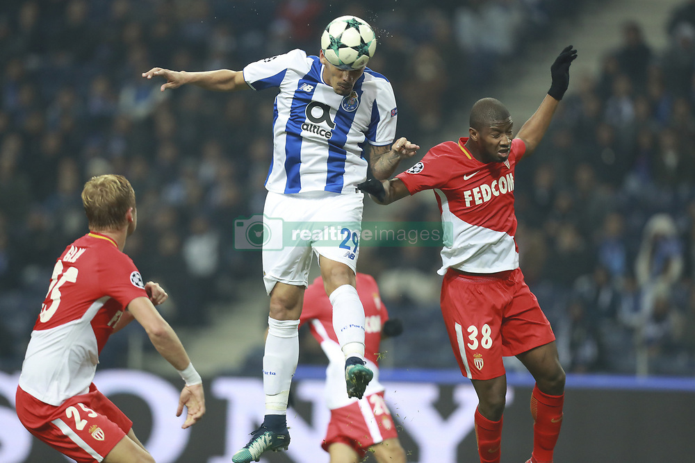 December 6, 2017 - Na - Porto, 06/12/2017 - Football Club of Porto received, this evening, AS Monaco FC in the match of the 6th Match of Group G, Champions League 2017/18, in Estádio do Dragão. Soares scores goal  (Credit Image: © Atlantico Press via ZUMA Wire)