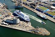 Nederland, Noord-Holland, IJmuiden, 01-08-2016; overzicht zeehaven IJmuiden met ferry van DFDS Seaways. <br /> Overview port of IJmuiden. Kustlijn Noordzee.<br /> luchtfoto (toeslag op standard tarieven);<br /> aerial photo (additional fee required);<br /> copyright foto/photo Siebe Swart