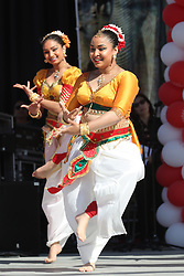 May 28, 2017 - Mississauga, Ontario, Canada - Sri Lankan girls from the Pratibha Dance and Music Academy perform a traditional dance during the festival of Vesak in Mississauga, Ontario, Canada on 28 ;May 2017. Vesak (Wesak) commonly known as Lord Buddha's birthday celebration marks the birth, enlightenment and death of Lord Buddha. (Credit Image: © Creative Touch Imaging Ltd/NurPhoto via ZUMA Press)