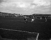 1958 - Soccer: Evergreen v St Patrick's Athletic at Dalymount Park