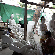 May 14, 2013 - Mandalay, Myanmar: Daily life in Mandalay. (Paulo Nunes dos Santos/Polaris)