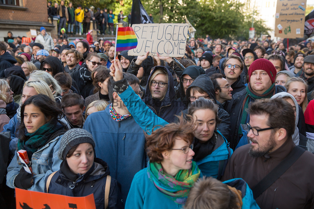 """Berlin, Germany - 03.10.2018<br /> <br /> Counter protest against a right-wing radical """"We for Germany"""" march on the Day of German Unity in Berlin.<br /> <br /> Gegenprotest zum rechtsradikalen """"wir fuer Deutschland""""-Aufmarsch am Tag der Deutschen Einheit in Berlin.<br /> <br /> Photo: Bjoern Kietzmann"""
