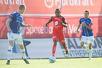 Fotball<br /> 18.08.2018<br /> Eliteserien<br /> Brann Stadion<br /> Brann - Sarpsborg 08<br /> Joonas Tamm (L) og Joachim Thomassen (R) , Sarpsborg 08<br /> Gilbert Komsoon (M) , Brann<br /> Foto: Astrid M. Nordhaug