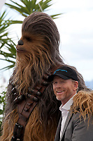 Director Ron Howard with Chewbacca at the Solo: A Star Wars Story film photo call at the 71st Cannes Film Festival, Tuesday 15th May 2018, Cannes, France. Photo credit: Doreen Kennedy