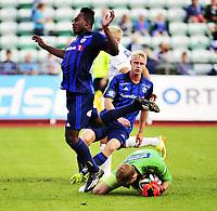 Fotball , 17. august 2014 ,  Eliteserien , Tippeligaen , Stabæk - Odd 1-3<br /> Bi Sylvestre Franck Fortune Boli , Stabæk<br /> Andre Hansen , Odd