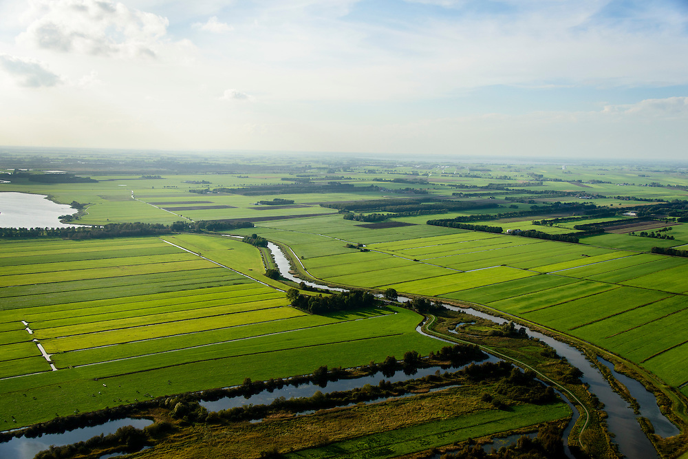 Nederland, Friesland, Gemeente Weststellingwerf, 10-10-2014; Lendevallei of Lindevallei,  onder Wolvega.<br /> Nature reseve, stream valley.<br /> luchtfoto (toeslag op standard tarieven);<br /> aerial photo (additional fee required);<br /> copyright foto/photo Siebe Swart