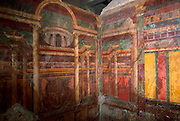 ITALY, ROMAN CULTURE, Pompeii; the Villa of the Mysteries with frescoes that show beautiful and complex architectural settings