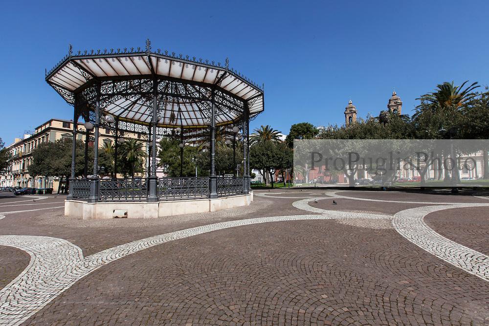 Taranto, Piazza Garibaldi
