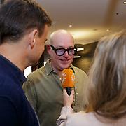 NLD/Ridderkerk/20181021 - oekpresentatie 'Voetbal stelt niets voor' van Jan Boskamp, Fatima Mero de Melo interviewd Wilfred Genee en Rene van der Gijp