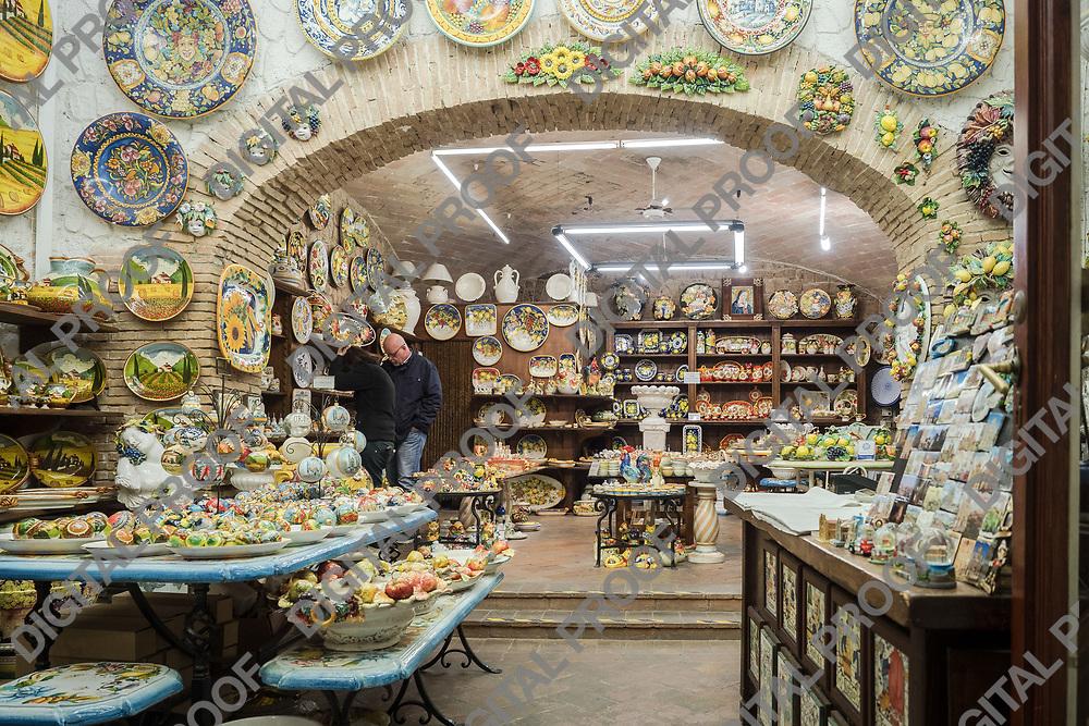 Orvieto pottery local shop.