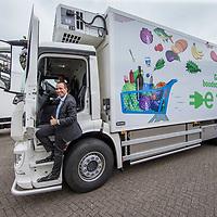 Nederland, Zaandam, 15 mei 2017.<br /> Ingebruikname eerste e-trucks voor Albert Heijn.<br /> De Amsterdamse wethouder Abdeluheb Choho, wethouder Duurzaamheid neemt de eerste van de twee e-trucks in gebruik die Albert Heijn-supermarkten in Amsterdam gaan bevoorraden.<br /> <br /> Foto: Jean-Pierre Jans<br /> <br /> The Netherlands, Zaandam, May 15, 2017. <br /> Commissioning of the first e-trucks for supermarket chain Albert Heijn.