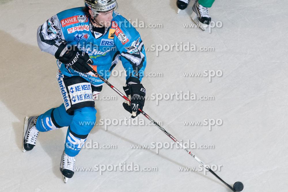 Justin Keller (EHC Liwest Black Wings Linz, #14) during ice-hockey match between HDD Tilia Olimpija and EHC Liwest Black Wings Linz in 18th Round of EBEL league, on November 5, 2010 at Hala Tivoli, Ljubljana, Slovenia. (Photo By Matic Klansek Velej / Sportida)