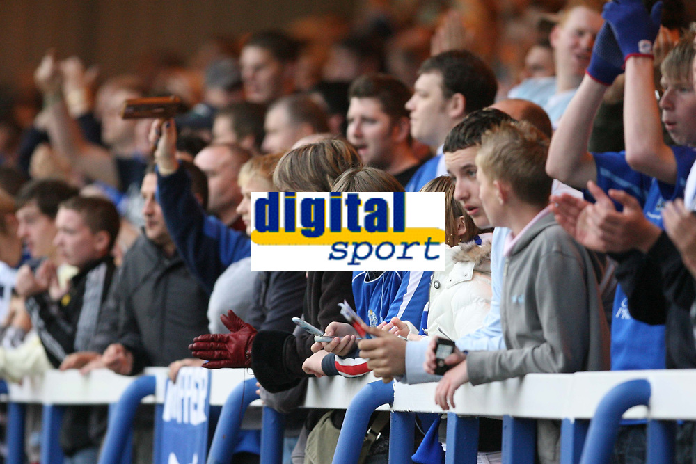 Photo: Pete Lorence.<br />Peterborough United v Hereford United. Coca Cola League 2. 27/10/2007.<br />Peterborough fans during the match.
