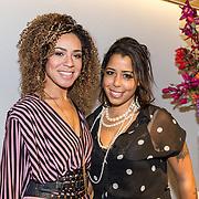 NLD/Amsterdam/20181028 - Premiere Expeditie Eiland, Amara Onwuka met haar zus