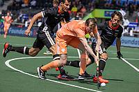 AMSTELVEEN -  Seve van Ass (Ned) met EK hockey, finale Nederland-Duitsland 2-2. mannen.  Nederland wint de shoot outs en is Europees Kampioen.  COPYRIGHT KOEN SUYK