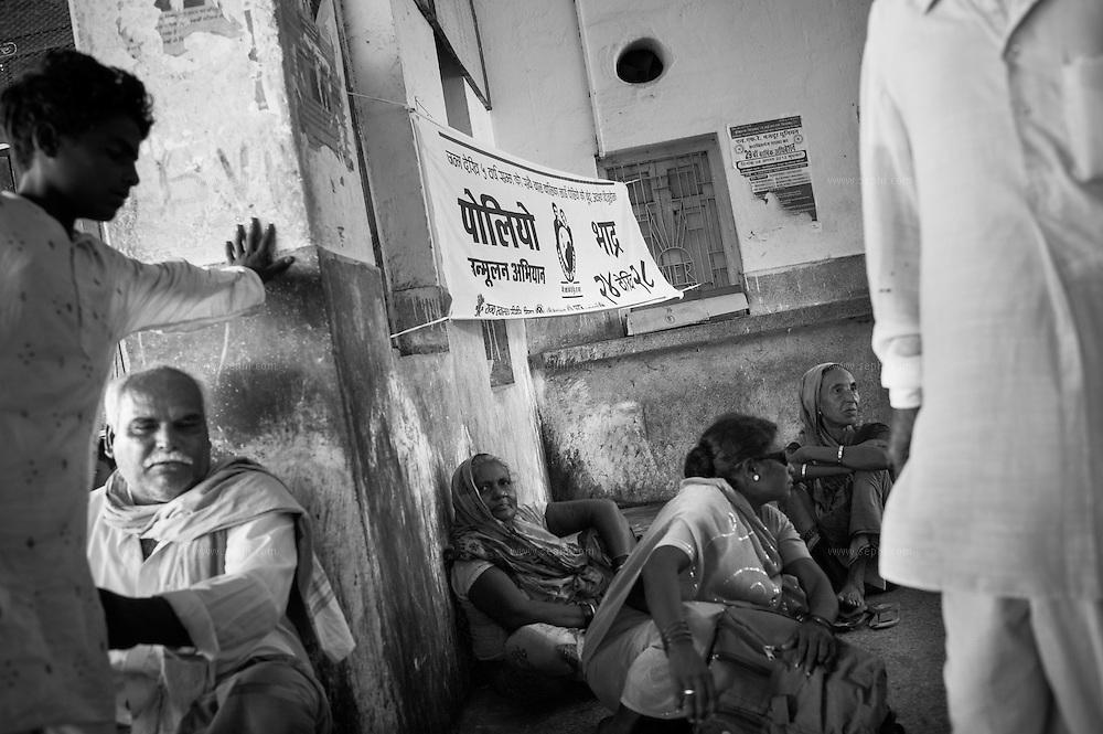 IEC at the train station near the Jogbani border crossing, Bihar