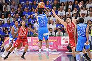 DESCRIZIONE : Campionato 2014/15 Dinamo Banco di Sardegna Sassari - Olimpia EA7 Emporio Armani Milano Playoff Semifinale Gara3<br /> GIOCATORE : Edgar Sosa<br /> CATEGORIA : Tiro Tre Punti Three Point Controcampo<br /> SQUADRA : Dinamo Banco di Sardegna Sassari<br /> EVENTO : LegaBasket Serie A Beko 2014/2015 Playoff Semifinale Gara3<br /> GARA : Dinamo Banco di Sardegna Sassari - Olimpia EA7 Emporio Armani Milano Gara4<br /> DATA : 02/06/2015<br /> SPORT : Pallacanestro <br /> AUTORE : Agenzia Ciamillo-Castoria/L.Canu
