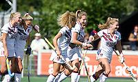 AMSTELVEEN - Vreugde bij Amsterdam van Amsterdam tijdens de hoofdklasse hockeywedstrijdstrijd tussen de vrouwen van Amsterdam en Nijmegen (4-0). COPYRIGHT KOEN SUYK