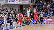 DESCRIZIONE : Beko Legabasket Serie A 2015- 2016 Dinamo Banco di Sardegna Sassari - Olimpia EA7 Emporio Armani Milano<br /> GIOCATORE : Josh Akognon<br /> CATEGORIA : Tiro Tre Punti Three Point Controcampo Ultimo Tiro Buzzer Beater Super<br /> SQUADRA : Dinamo Banco di Sardegna Sassari<br /> EVENTO : Beko Legabasket Serie A 2015-2016<br /> GARA : Dinamo Banco di Sardegna Sassari - Olimpia EA7 Emporio Armani Milano<br /> DATA : 04/05/2016<br /> SPORT : Pallacanestro <br /> AUTORE : Agenzia Ciamillo-Castoria/L.Canu