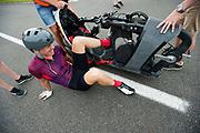 Iris Slappendel stapt uit de VeloX. Het Human Power Team Delft en Amsterdam (HPT), dat bestaat uit studenten van de TU Delft en de VU Amsterdam, is in Senftenberg voor een poging het laagland sprintrecord te verbreken op de Dekrabaan. In september wil het Human Power Team Delft en Amsterdam, dat bestaat uit studenten van de TU Delft en de VU Amsterdam, tijdens de World Human Powered Speed Challenge in Nevada een poging doen het wereldrecord snelfietsen voor vrouwen te verbreken met de VeloX 7, een gestroomlijnde ligfiets. Het record is met 121,44 km/h sinds 2009 in handen van de Francaise Barbara Buatois. De Canadees Todd Reichert is de snelste man met 144,17 km/h sinds 2016.<br /> <br /> The Human Power Team is in Senftenberg, Germany to race at the Dekra track as a preparation for the races in America. With the VeloX 7, a special recumbent bike, the Human Power Team Delft and Amsterdam, consisting of students of the TU Delft and the VU Amsterdam, also wants to set a new woman's world record cycling in September at the World Human Powered Speed Challenge in Nevada. The current speed record is 121,44 km/h, set in 2009 by Barbara Buatois. The fastest man is Todd Reichert with 144,17 km/h.